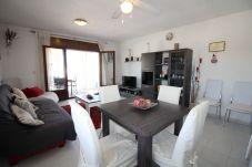 Apartamento en Empuriabrava - 0180-SANT MAURICI Apartamento con piscina comunitaria