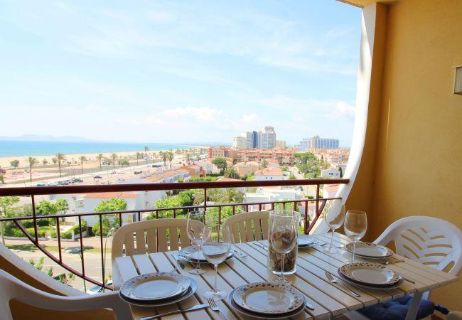Apartamento en Empuriabrava - 0013-BAHIA Apartamento con vista al canal y playa