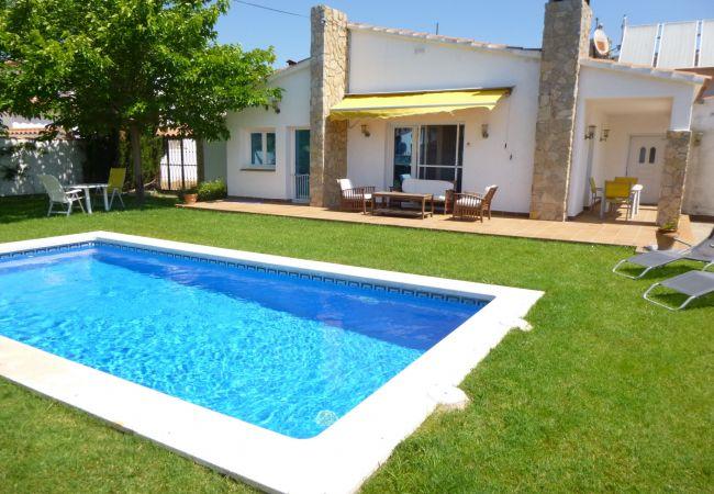 Villa en Empuriabrava - 0001-PANI Casa con piscina