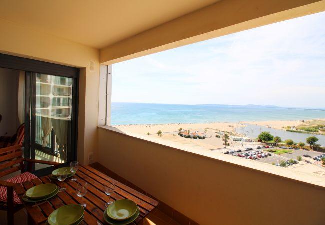 Apartamento en Empuriabrava - 0027-CRISTALL MAR Apartamento con vista al mar y piscina