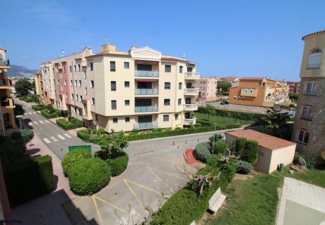 Apartamento en Empuriabrava - 0067-GR RESERVA  Apartamento cerca de la playa