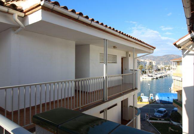 Apartamento en Empuriabrava - 0154-PATTAYA Apartamento con vista al canal