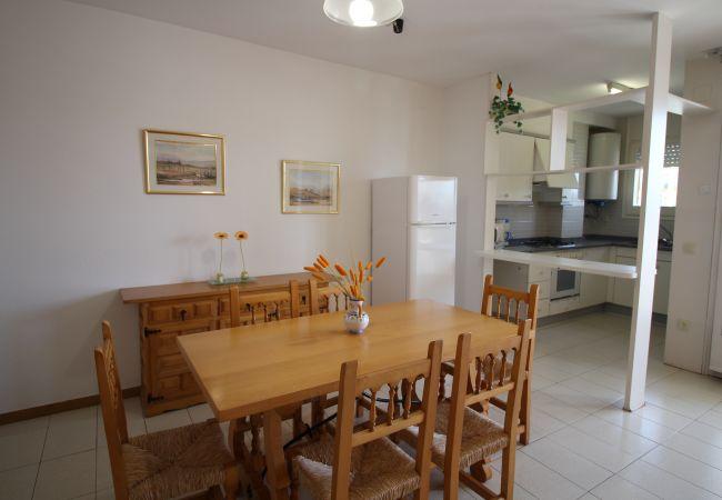 Apartamento en Empuriabrava - 0131-PORT MOXO Apartamento con terraza y vistas al canal