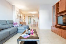 Apartamento en Empuriabrava - 0003-CRISTALL MAR Apartamento con piscina comunitaria y vista al mar