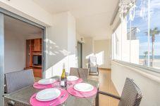 Apartament en Empuriabrava - 0003-CRISTALL MAR Apartament amb piscina comunitaria i vistes al mar