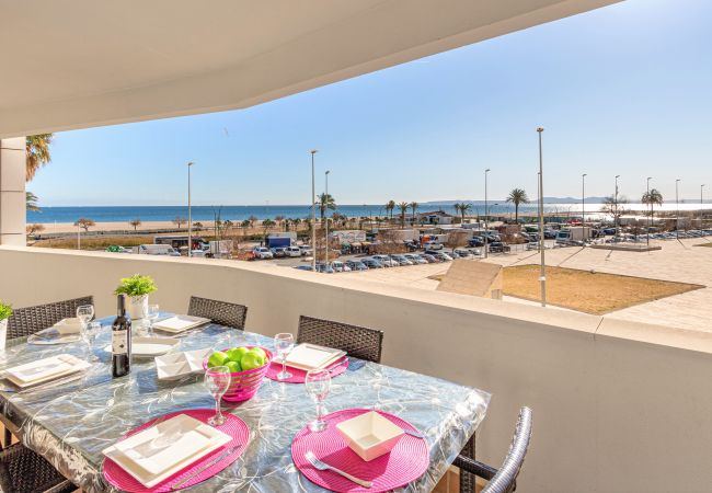 Apartment in Empuriabrava - 0039-CRISTALL MAR Apartment with community pool and seaview