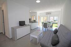 Apartment in Empuriabrava - 0074-GRAN RESERVA  Renovated apartment near the beach