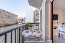 Apartment in Rosas / Roses - 2009-AV DE RHODE Apartment with wifi near the beach