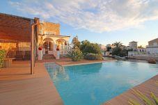 Villa in Empuriabrava - 0002-FLUVIA Huis aan kanaal met zwembad en aanlegplaats